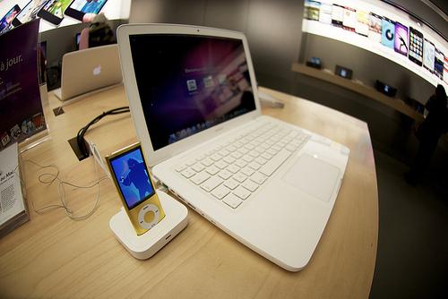 laptop-b612